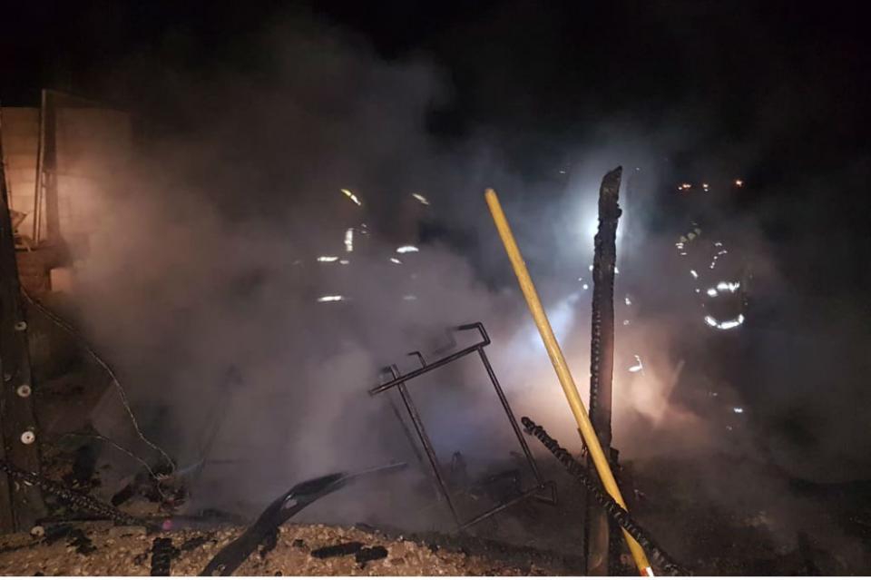 Incendio arrasa con vivienda en colonia Tierra y Libertad