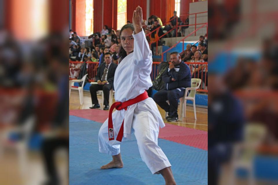 Karatecas sudcalifornianos invaden Francia