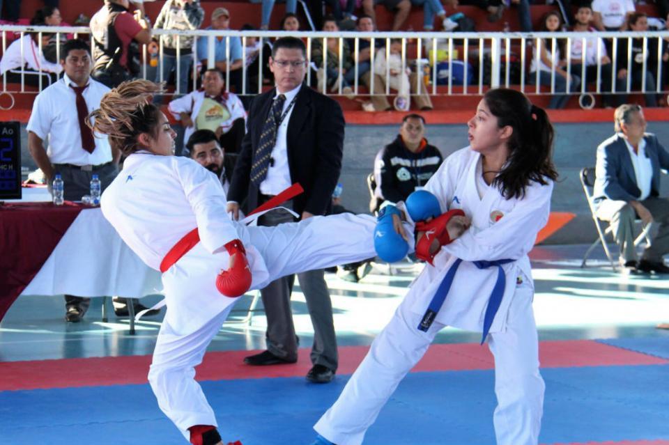 Definidos los campeones estatales de karate