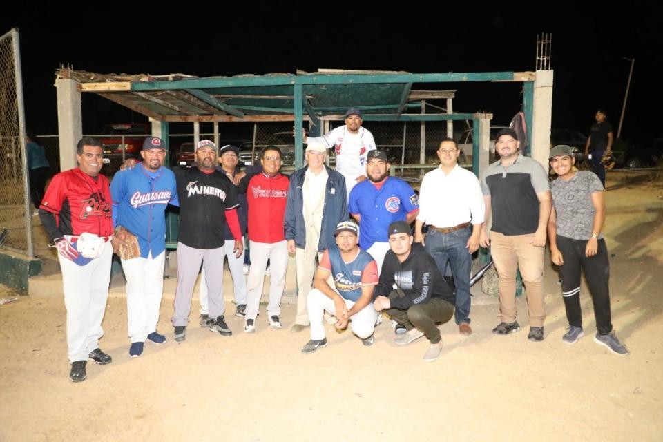 Busca Oomsapas Los Cabos la integración y convivencia de su personal a través del deporte