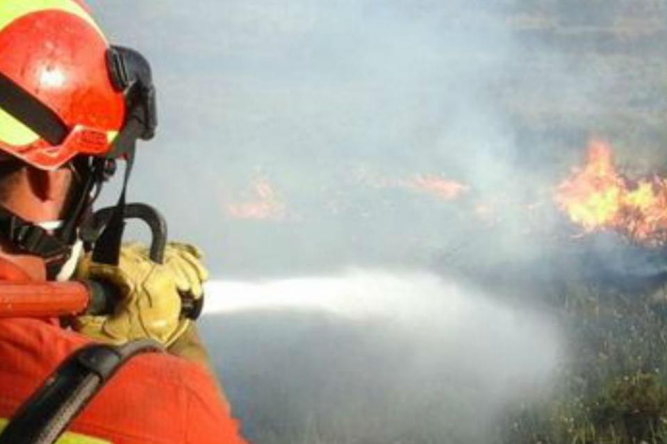 Pérdidas totales por incendio de dos casas habitación en CSL