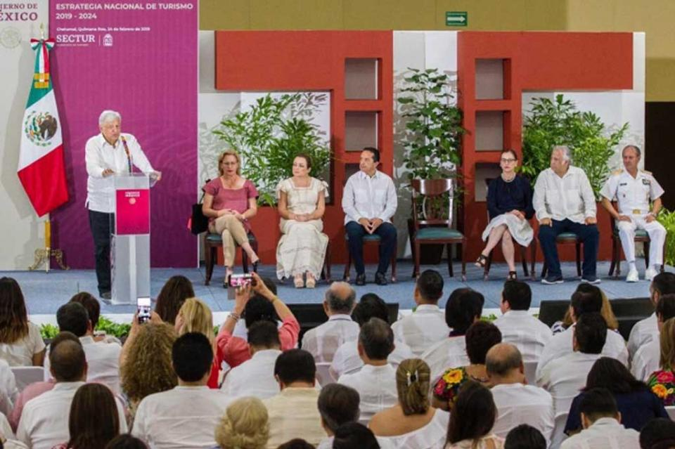 Se apoyará bienestar y seguridad en centros turísticos, dice López Obrador
