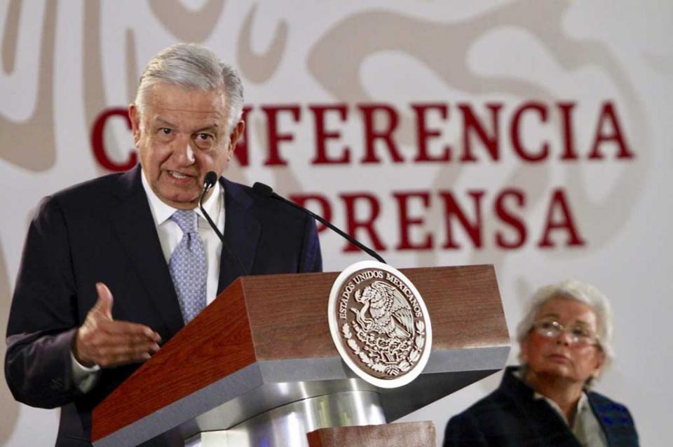 Critica López Obrador a legisladores del PRI y PAN que se oponen a Guardia Nacional