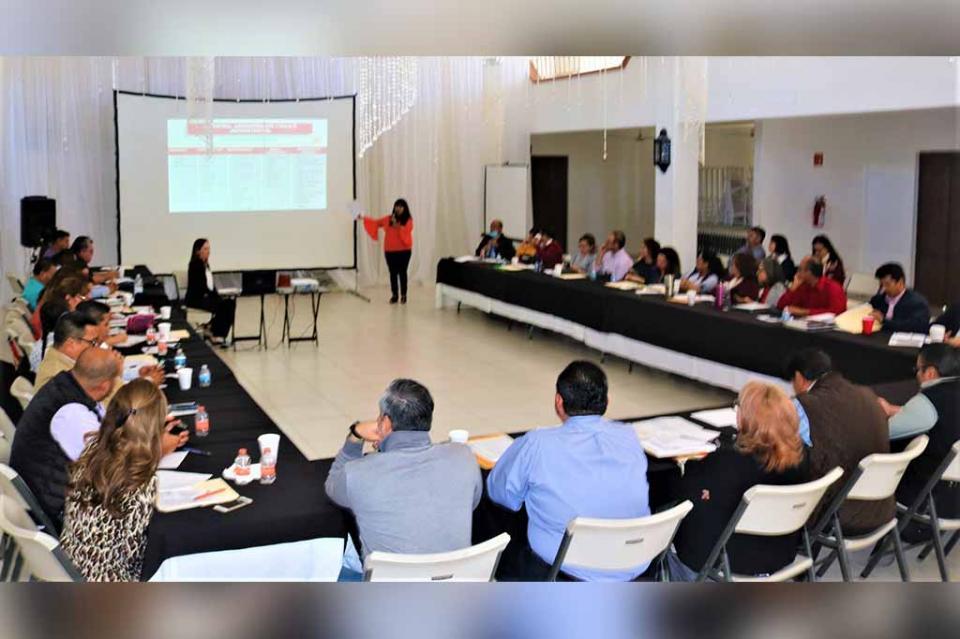 Se llevó a cabo reunión de supervisores escolares en Los Cabos