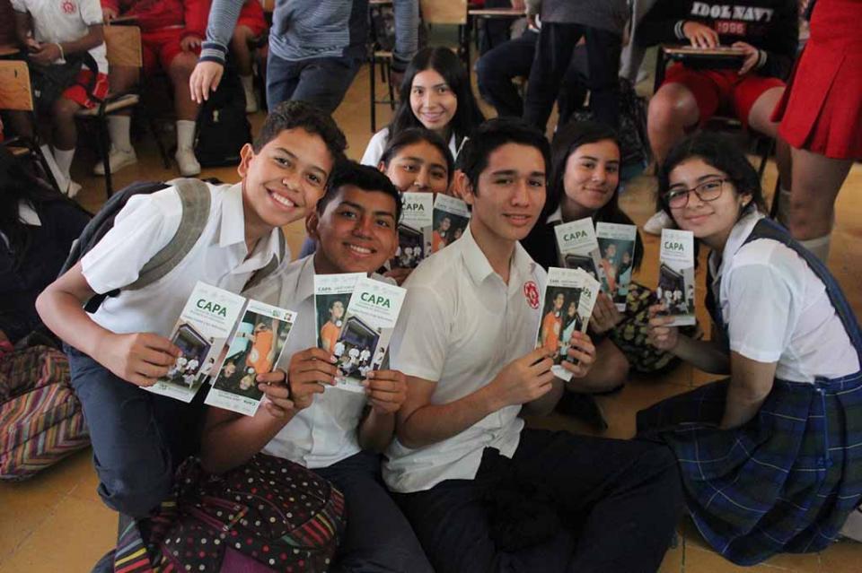 Salud realiza prevención de adicciones en secundarias de Los Cabos