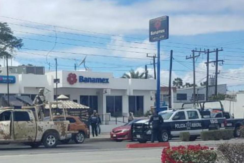 Mujer es asaltada afuera de cajero bancario en Ciudad Constitución
