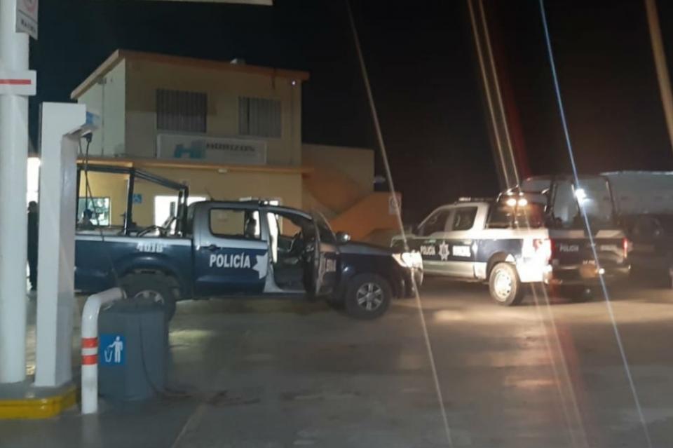 Roban gasolinera Las Arispas en La Paz y se llevan más de 7 mil pesos