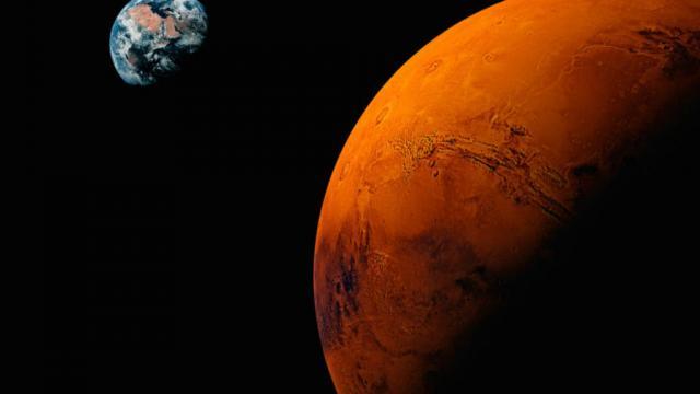 InSight instala instrumento para medir temperatura de Marte