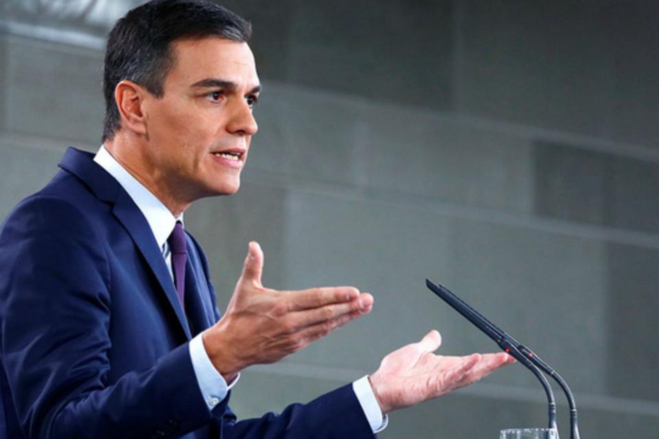 Pedro Sánchez llama a la movilización española al iniciar precampaña
