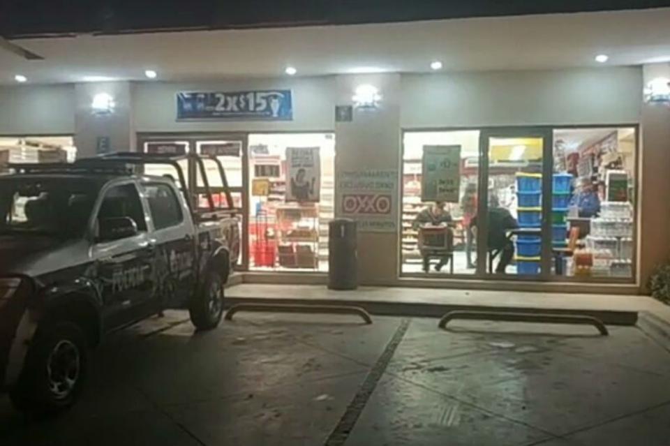Otro asalto a mano armada en tienda de conveniencia en La Paz
