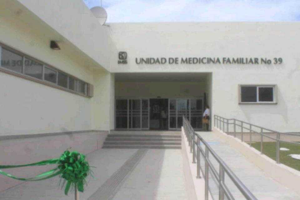 Inaugura director general del IMSS, Gobernador y Alcaldesa Unidad de Medicina familiar No. 39 en CSL