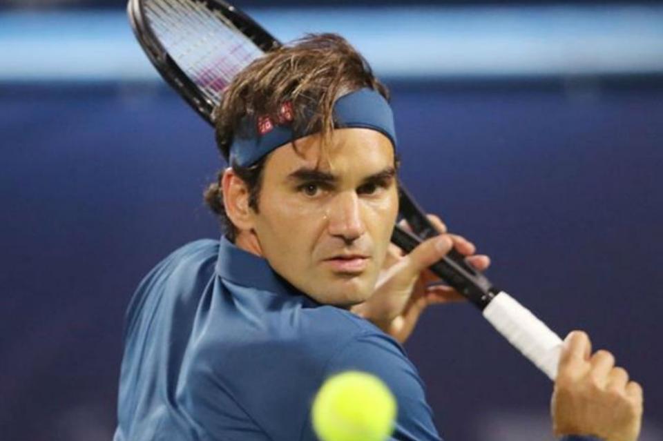 Roger Federer logra su título 100 tras vencer a Stefanos Tsitsipas