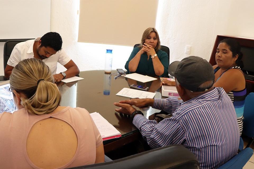 Gobierno de Los Cabos trabaja de la mano de vecinos para beneficio de sus comunidades