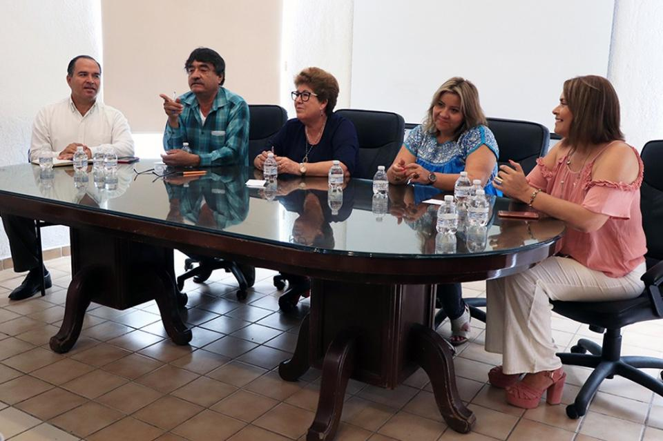 Sistema DIF invitan al gran Festival del Día del Niño en CSL