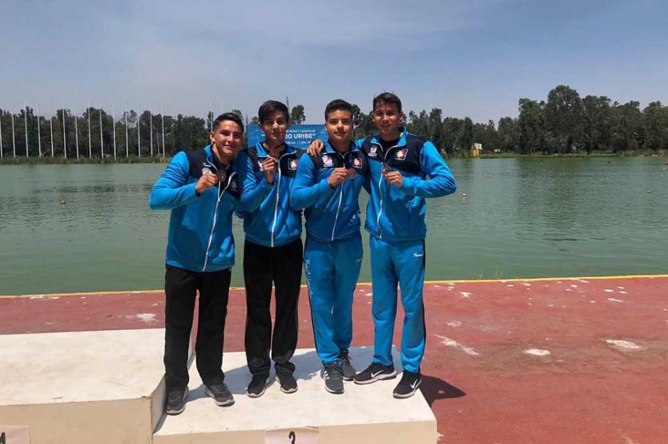 Ganan medallas y califican a la olimpiada en canotaje