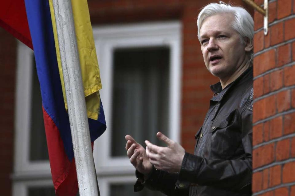 Ecuador retiró asilo a Assange por incumplir protocolo