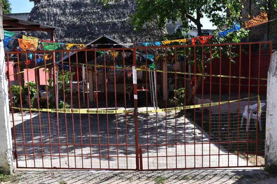 """Clausuran palapa """"Los Potros"""", lugar del multihomicidio en Minatitlán"""