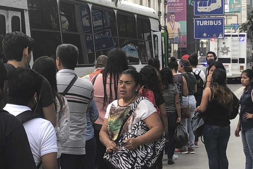 Pierden industria y comercio de Nuevo León 570 mdp por paro camionero