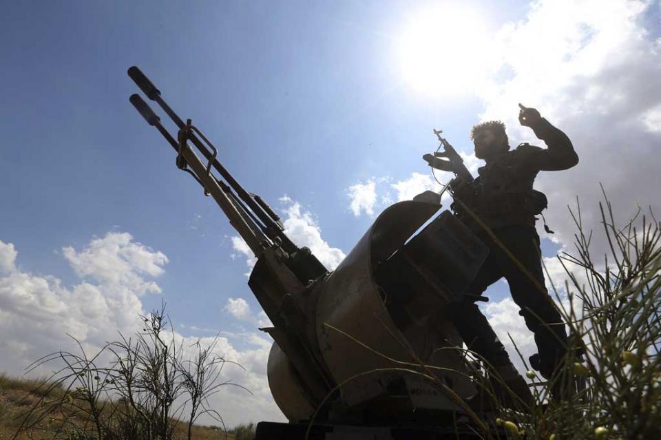 Casi 150 muertos en Libia desde el inicio de la ofensiva de Haftar, según la OMS