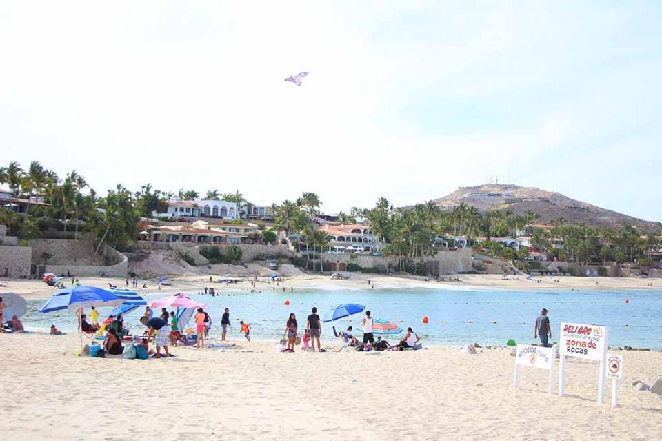 Esfuerzo conjunto entre Servicios Públicos y Oomsapaslc para asistir a bañistas en playas