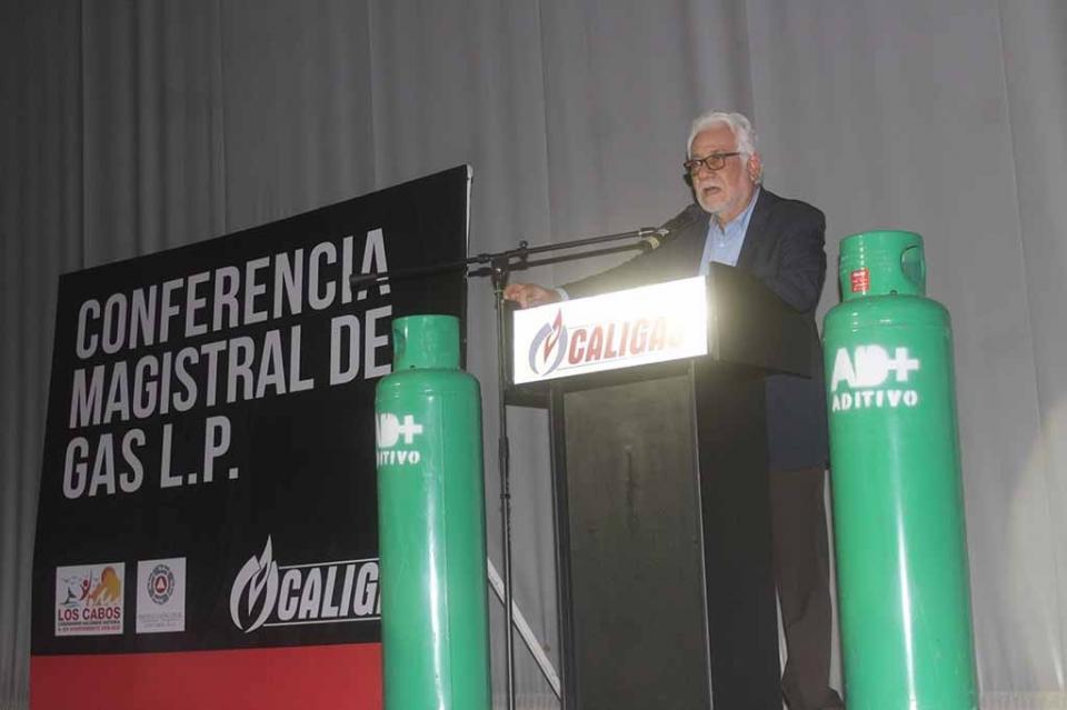 """Realiza Protección Civil en CSL conferencia """"Seguridad en el uso y manejo del gas LP, prioridad para las empresas""""."""