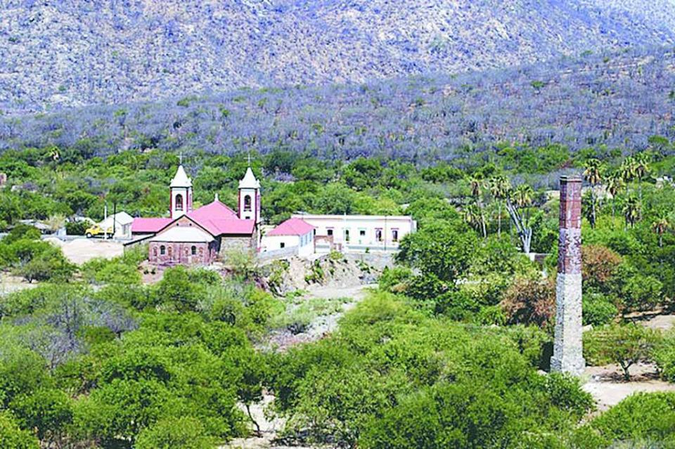 Reunión informativa de la mina La Pitalla con Semarnat el 11 de abril en La Paz