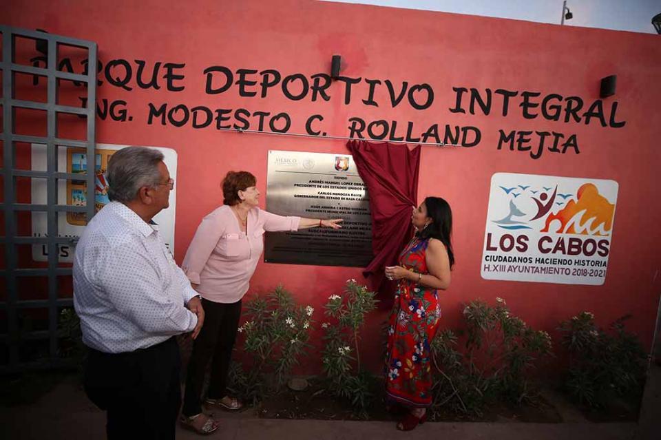 """Como parte del programa municipal """"Mi Parque Vive"""" Obras Públicas trabaja en la rehabilitación de parques en Los Cabos"""