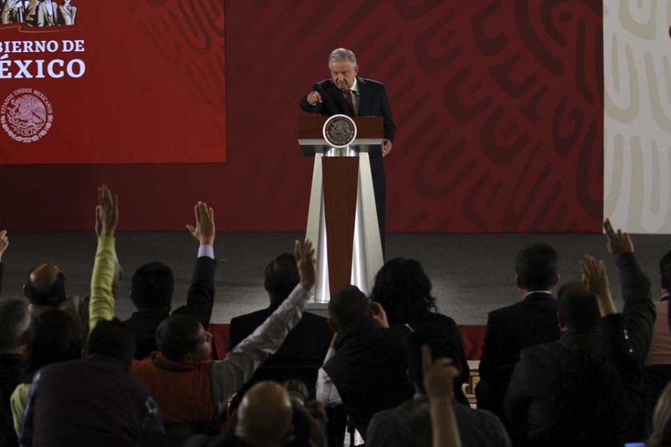 Habrá protección a periodistas, afirma López Obrador y descarta impunidad