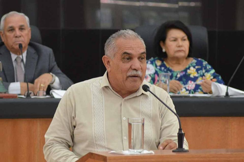 En Mulegé vecinos pagan al Gobierno Municipal por un servicio que no reciben: Dip, Marcelo Armenta