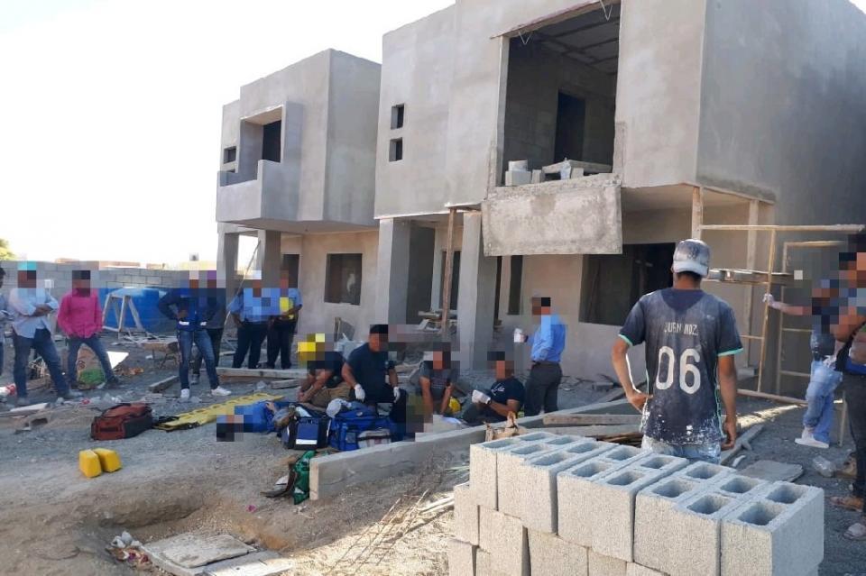 Muere hombre al colapsar obra en Cabo San Lucas