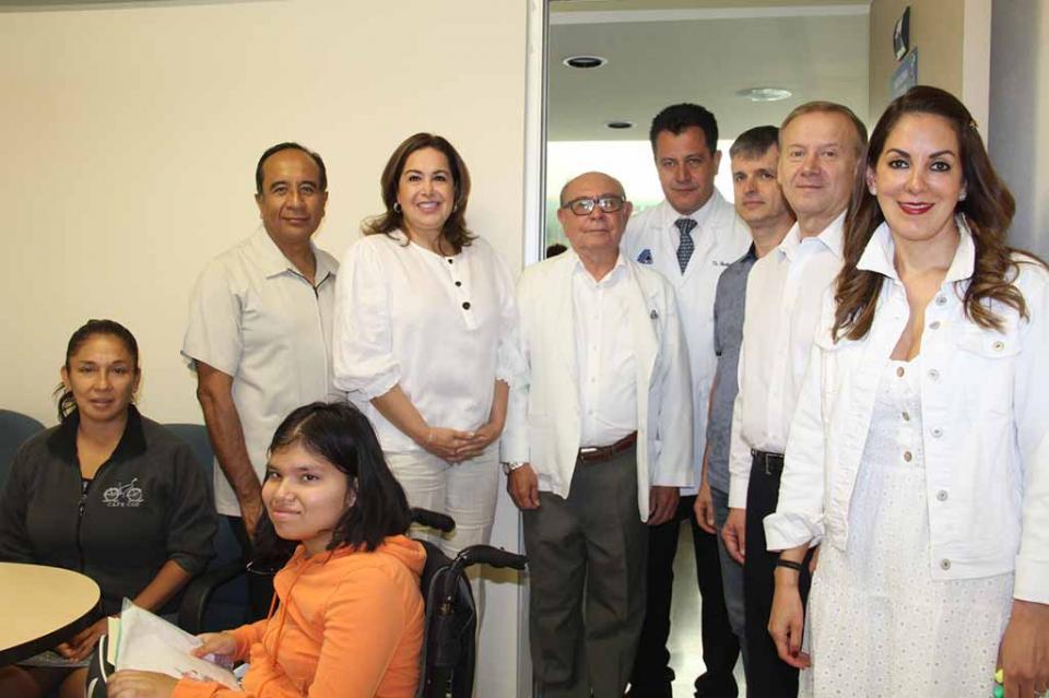Se pone en marcha primer jornada médica para niños con parálisis cerebral en La Paz