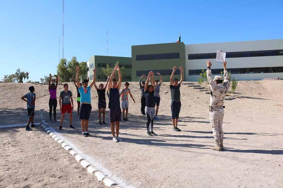 Ingresarán 60 alumnos a la segunda generación del bachillerato mixto militarizado de BCS