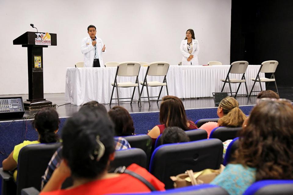 En la lucha contra el cáncer de mama, Caravana de Salud Municipal continúa entregando resultados mastográficos