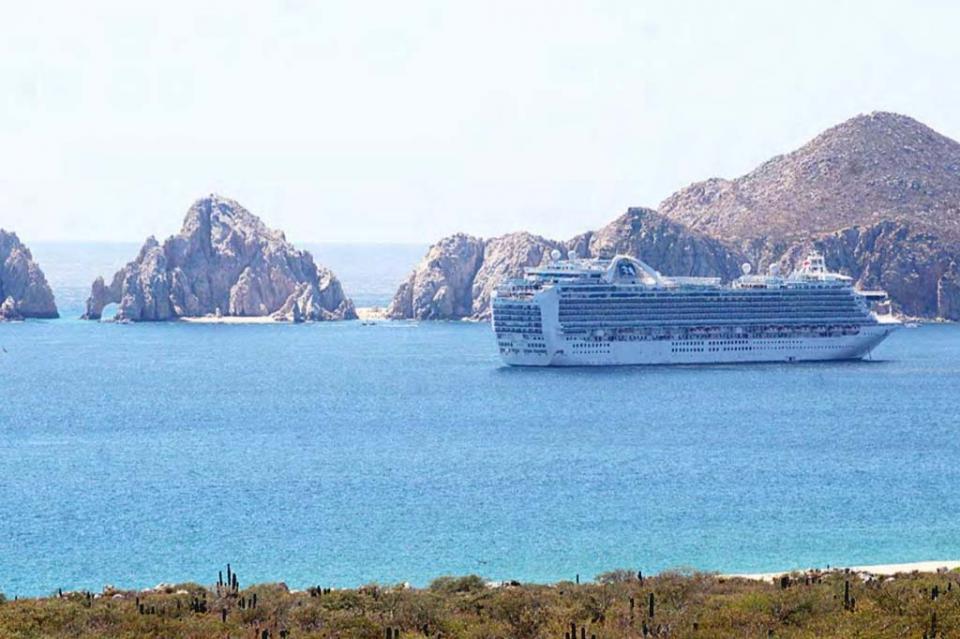 Será BCS único estado en el país con 4 puertos disponibles para el turismo náutico: Gobernador
