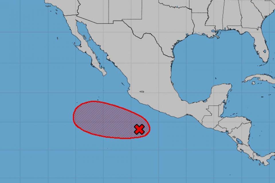 Atentas autoridades de PC ante presencia de fenómeno natural en el Pacífico Mexicano