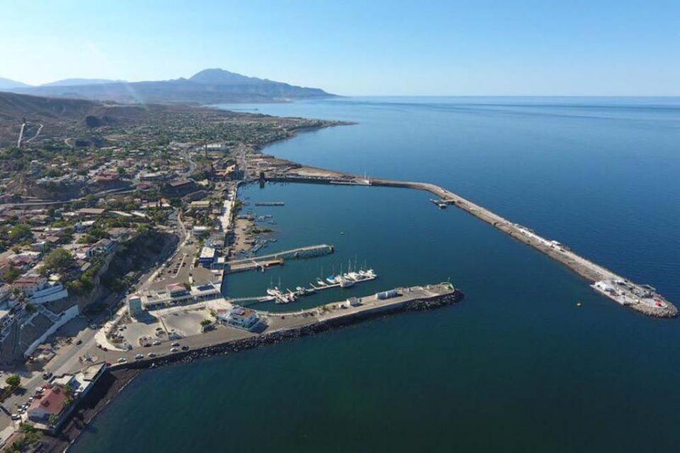 Entrega gobernador nueva infraestructura marítima y turística en Santa Rosalía