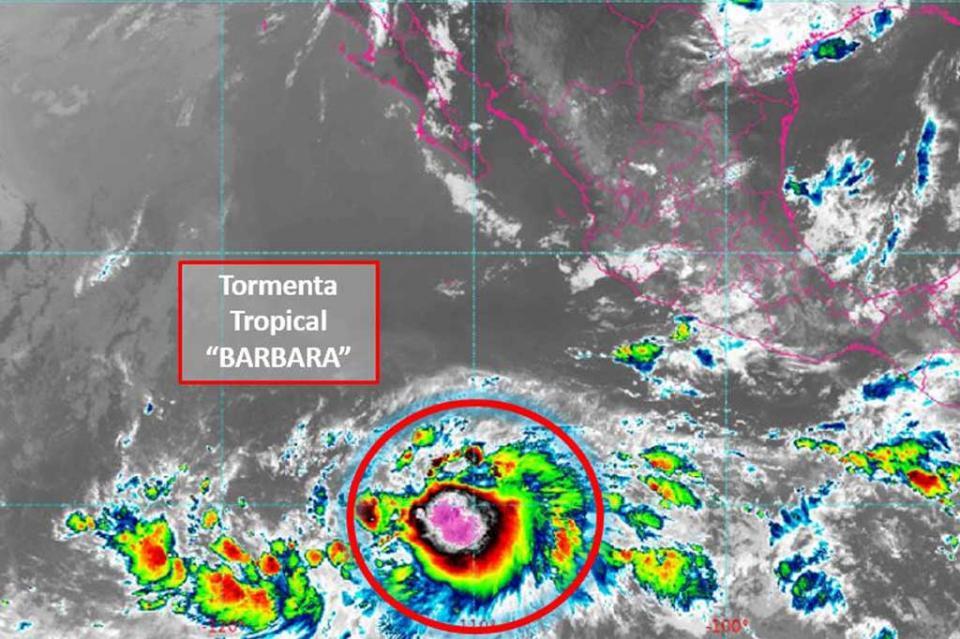 "Se forma la Tormenta Tropical ""BARBARA"" al sur de BCS, sin afectar al país"