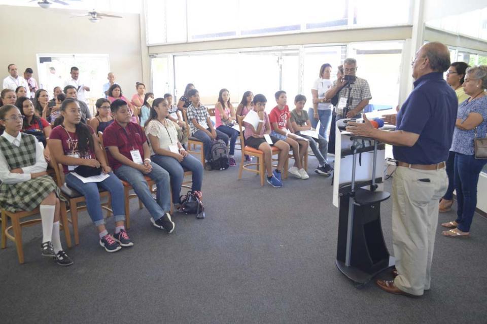 Arriban diputados infantiles para celebrar el XIII Parlamento Infantil de BCS