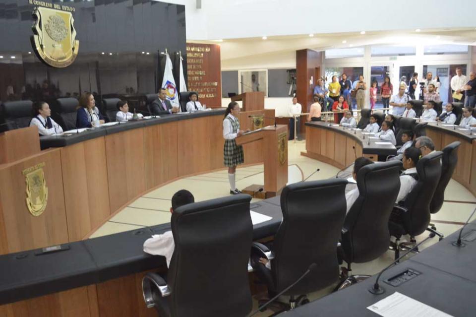 Se expresan Niñas y Niños del XIII Parlamento Infantil Sudcaliforniano