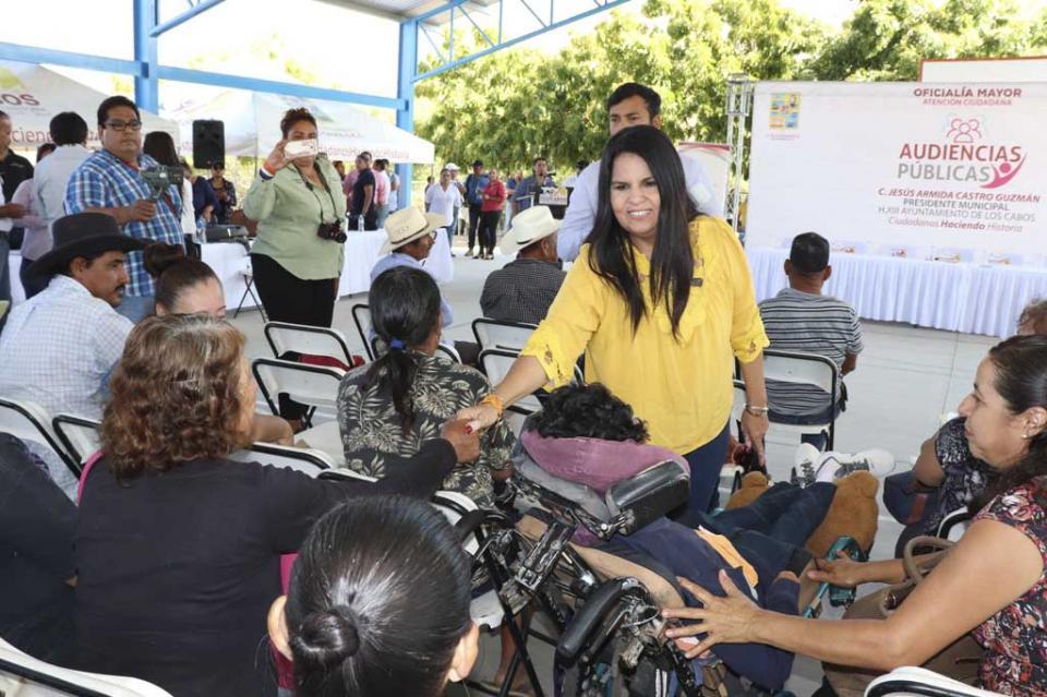 Anuncia alcaldesa Armida Castro Programa de Obras y Acciones para familias de la zona rural en CSL