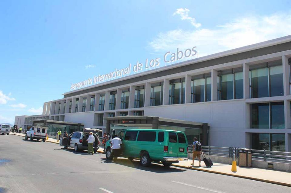 Va por buen camino negociación con autoridades para garantizar futura reserva del Aeropuerto de Los Cabos: Eduardo Sánchez Navarro