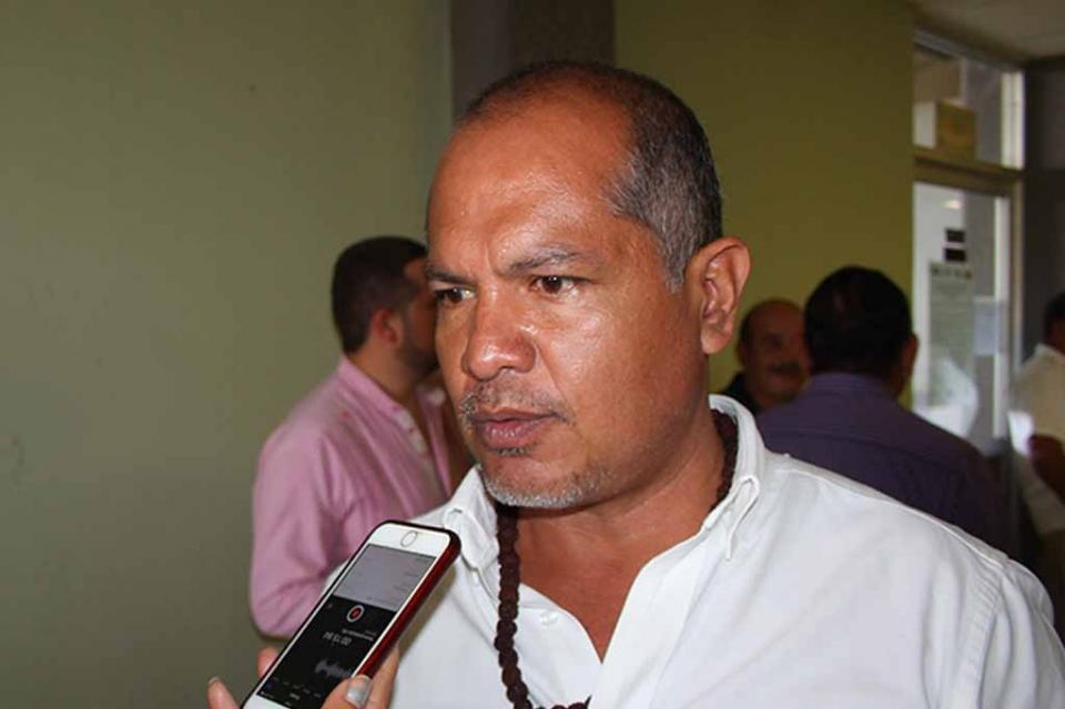 Urgente que apliquen también en Los Cabos y La Paz sanciones a gasolineras que no den litros completos: Carlos Tinoco