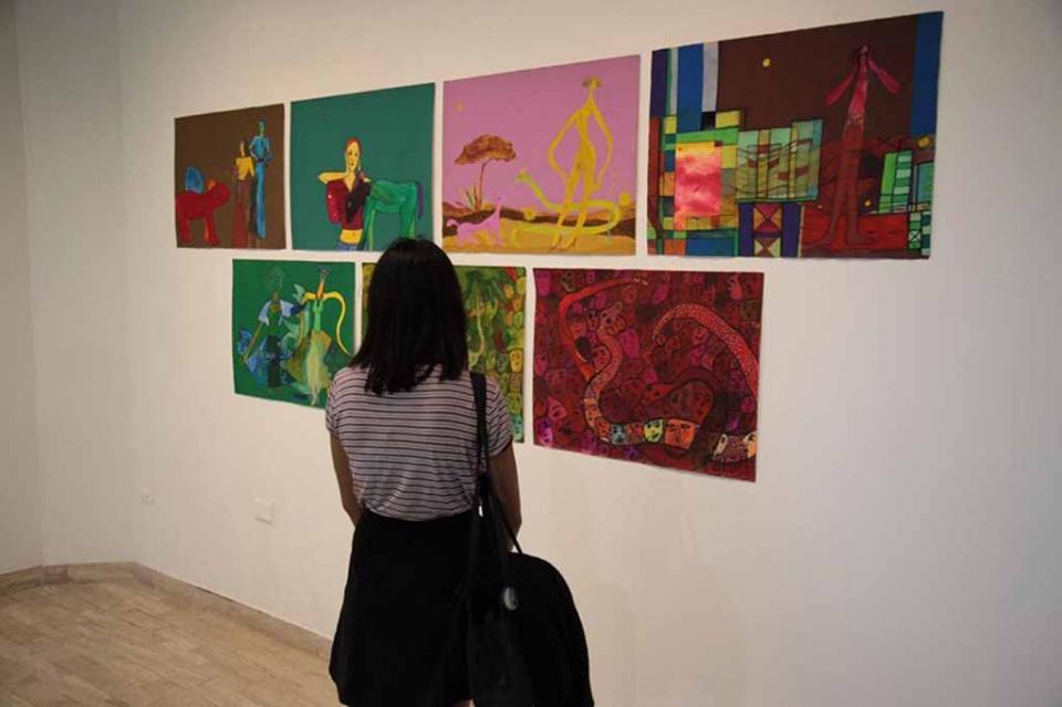 Se inauguró exposición internacional Contrastes