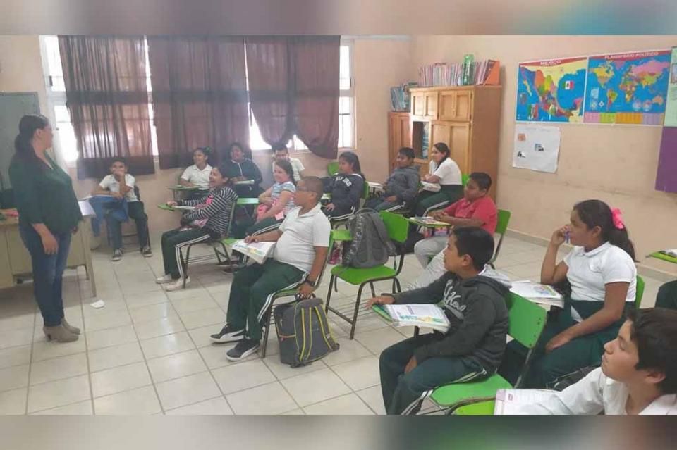 Realiza SEP recorrido por escuelas de la zona Pacífico Norte de BCS