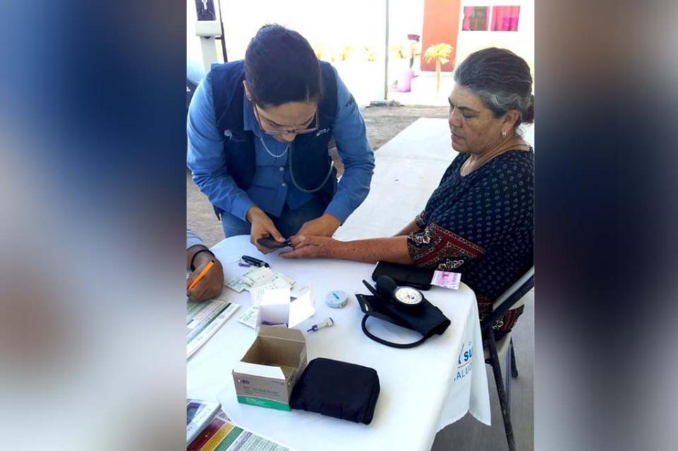 Mediante Feria de Salud completaron esquemas de vacunación en Palo Bola