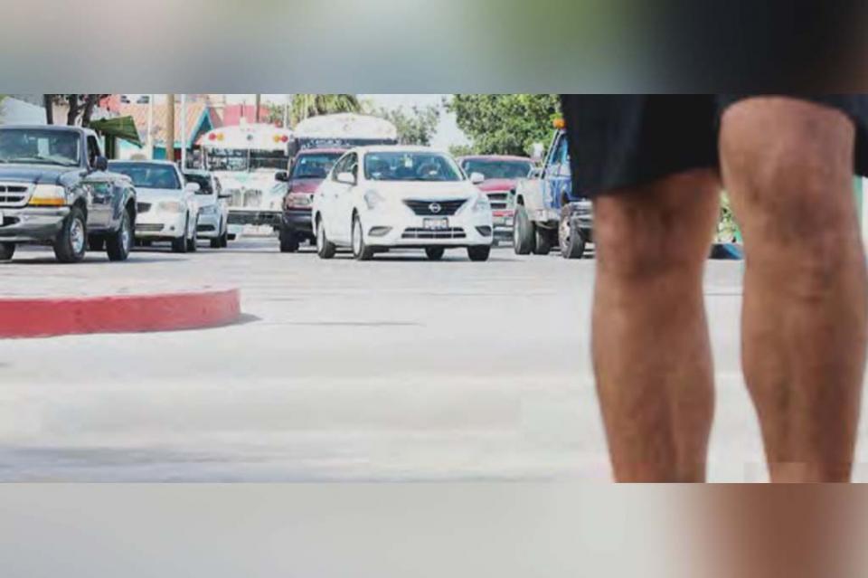 Tienen turistas el derecho de elegir servicio de transporte: Juan Carlos del Río