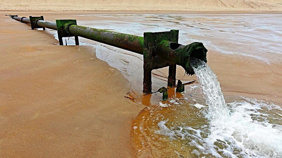Retirarán 23 mil toneladas de químicos tóxicos de ecosistemas marinos