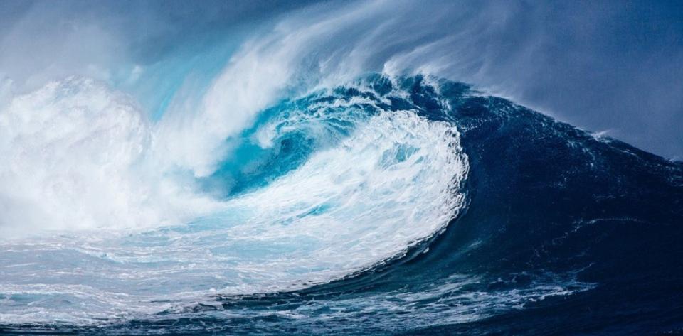 Emiten alerta de tsunami tras sismo de magnitud 6.8 en Japón