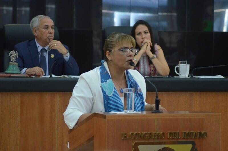Piden diputados respeto a los derechos laborales de trabajadores del congreso del estado de BCS