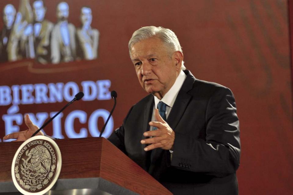 AMLO prefiere no opinar sobre declaraciones del expresidente Calderón